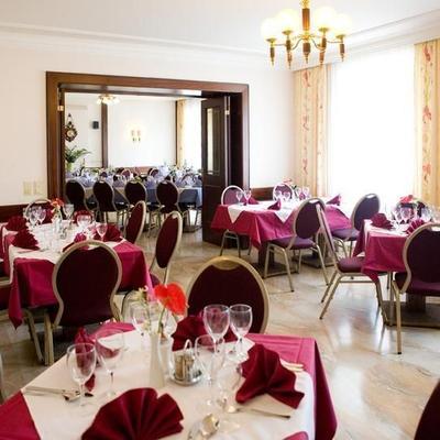 Restaurant premises